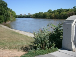 Assiniboine River from park footbridge