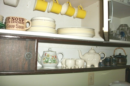 Kitchen Organizing Teapots