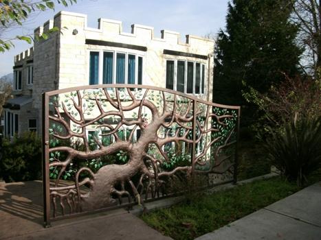 Front Gate Kerrisdale Catle