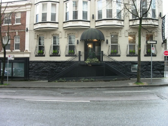 Juliet Balcony Victorian Hotel